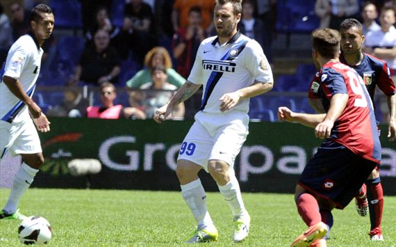 Impotent Inter held by Genoa