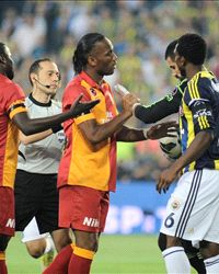 Drogba denies racist chanting will force him out of Turkey - Goal.com