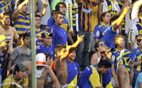 Sancionan a la hinchada de Sportivo Luqueo