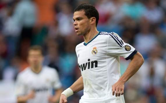 Transfer Talk: Pellegrini wants Pepe at Man City