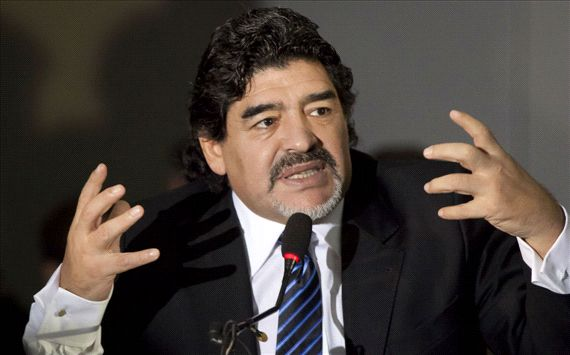 Maradona: &quot;Yo quera la continuidad de Falcioni&quot;