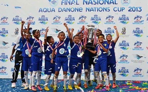 SSB Tugu Muda merupakan wakil Jawa Tengah kedua yang sukses menjuarai Aqua Danone Nations Cup 2013.