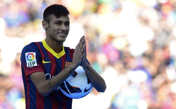 Neymar: I want to help keep Messi the best