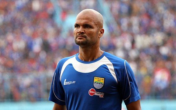 Sergio van Dijk bertekad antar Persib Bandung meraih kemenangan atas Pelita Bandung Raya