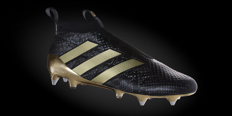Simak penampakan sepatu baru tersebut di bawah ini
