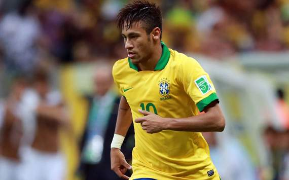 Cruyff urges Neymar caution