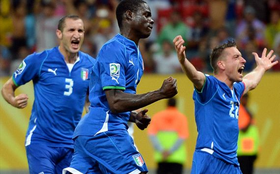 Italy players celebrating - Italy-Japan