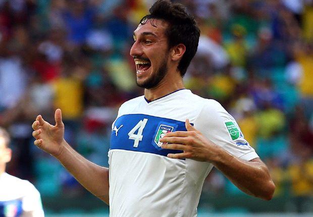 Milan liên hệ với Cagliari về Astori, Honda vào tuần tới