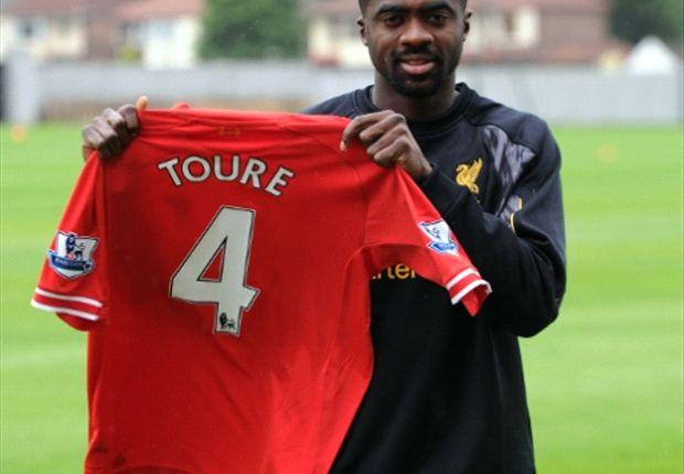 Kolo Toure diyakini pas untuk menggantikan Jamie Carragher