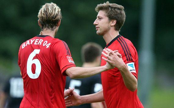 Leverkusen-Testspiel mit Simon Rolfes und Jens Hegeler