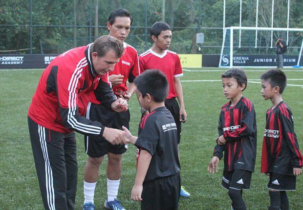 Jalur internasional Pro-Direct Soccer Academy membuka peluang anak-anak ke Inggris