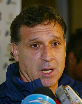 World Cup 2010: Paraguay Coach Gerardo Martino Wants Improved Offensive Display Against Japan