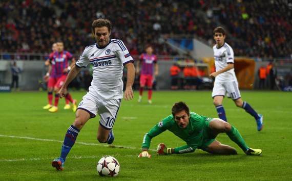 UEFA Champions League_FC Steaua Bucuresti v Chelsea, Juan Mata, Ciprian Tatarusanu