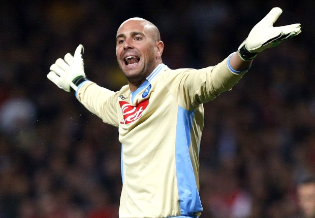 Reina wears Balotelli pyjamas