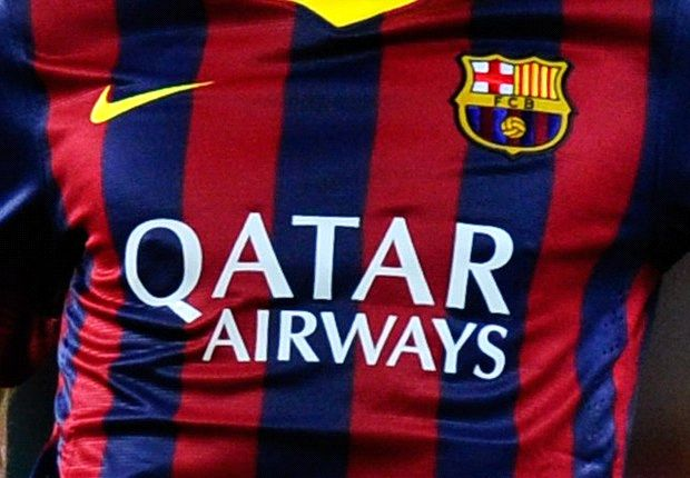 گزارش تصویری: آبی اناری های کت و شلوار پوش در فرودگاه بارسلونا