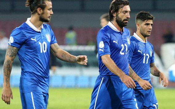 Italia sufre el sistema de cabezas de serie