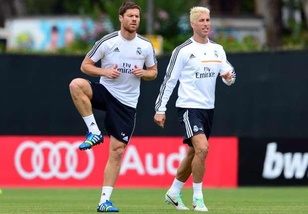 Real Madrid's Xabi Alonso and Sergio Ramos