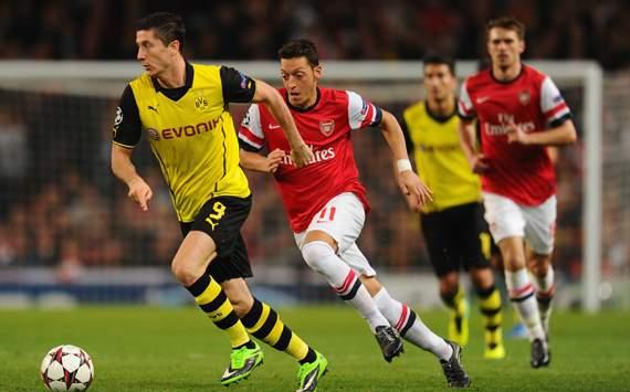 Robert Lewandowski Mesut Ozil Arsenal Borussia Dortmund UEFA Champions League 22102013