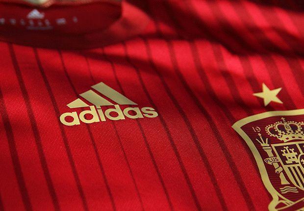 340380 heroa - Spain reveal new kit for World Cup 2014