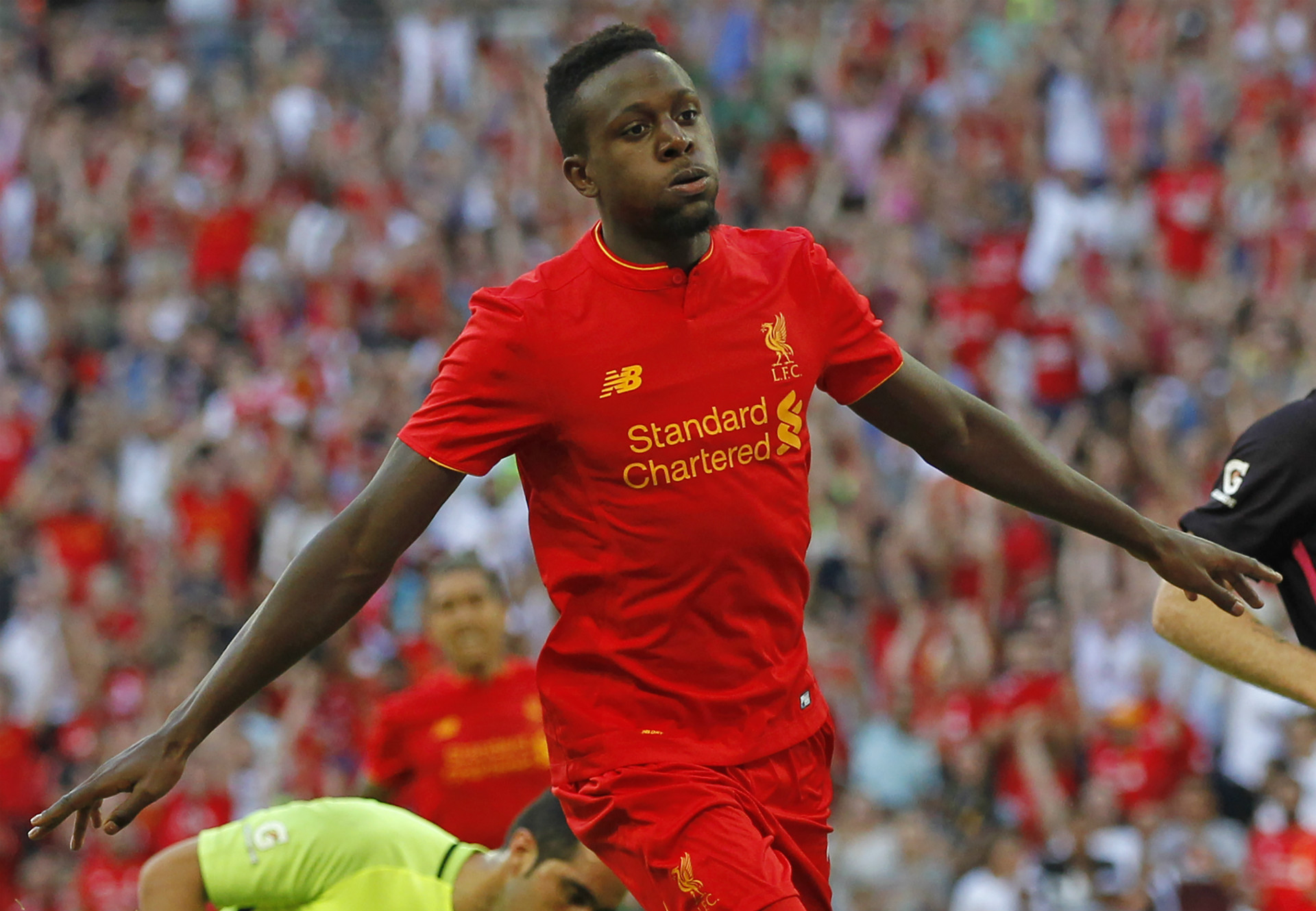 Liverpool thrashes Barcelona 4-0, Mane gets his 1st goal