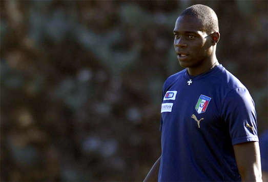 Sweden Provoked Balotelli Sending Off  Italy U21 Delegate