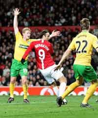 CL: Dimitar Berbatov, Manchester United v Celtic (PA)