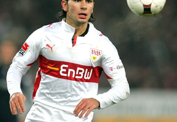 Juventus want to sign Stuttgart defender Serdar Tasci - report