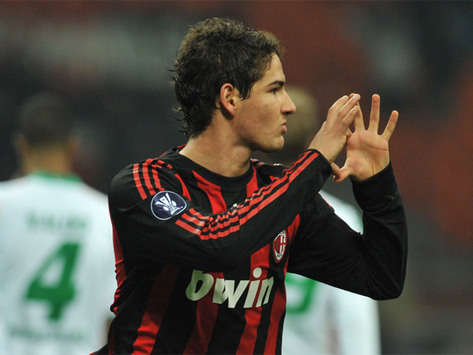 Milan Striker Alexandre Pato Has Tied The Knot With Actress Sthefany Brito