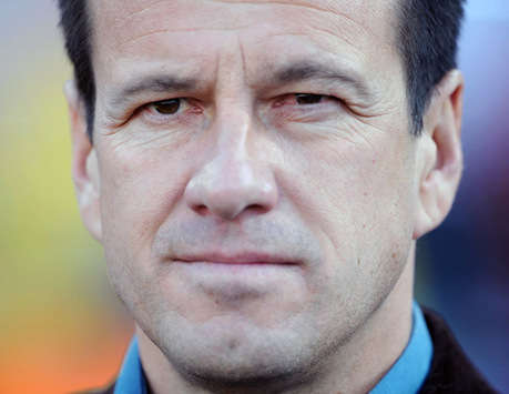Lucio is not the type to leave battles, says Dunga