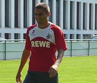 Youssef Mohamad vom 1. FC Köln fröhlich beim  Training (Zymolka/Goal.com)