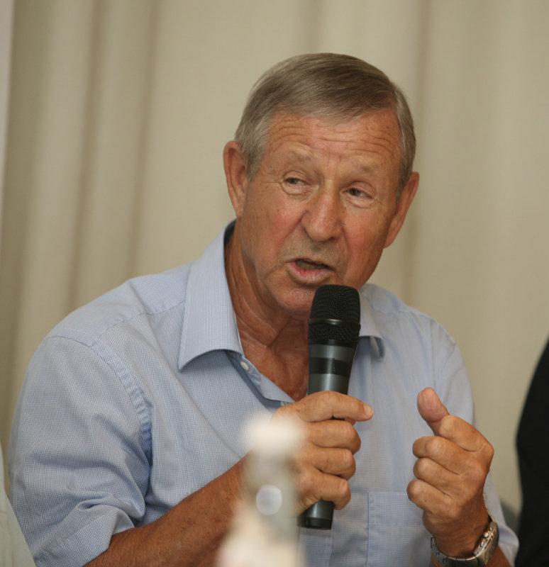 Raymond Kopa2