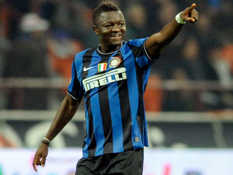 Inter Midfielder Sulley Muntari Wins 2009 'Paladino d'Oro' Award As African Footballer Of The Year