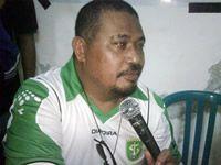 Saleh Ismail Mukadar - Ketua Umum & Manajer Persebaya Surabaya (GOAL.com / Fahri Rayyana)