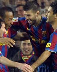 Messi, Henry, Piqué y Rafa Márquez, en plena celebración durante el Barcelona-Sevilla (Getty Images)