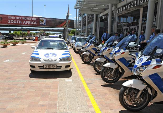 World Cup 2010: South African Police Display Readiness For Tournament