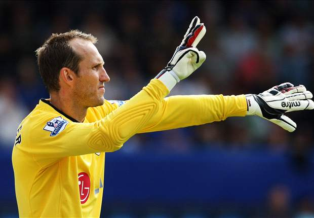 Mark Hughes: Fulham Are 'Indebted' To Mark Schwarzer For The Draw With Everton