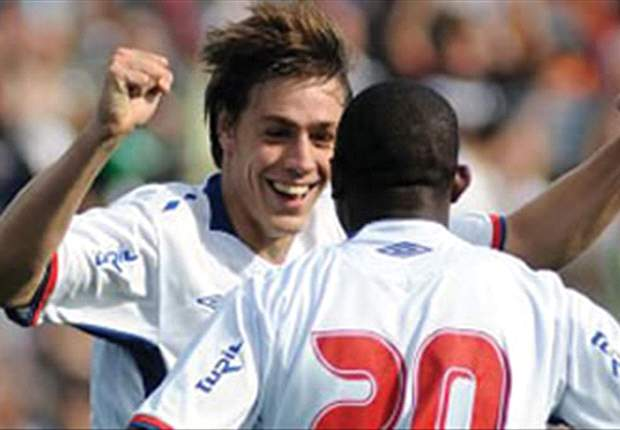 Sebastian Coates: Luis Suarez was key to Liverpool move