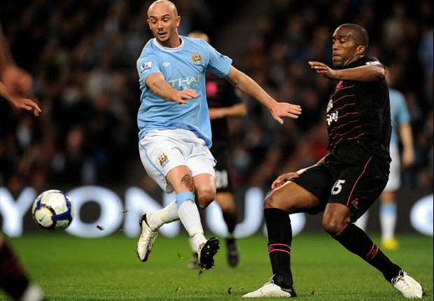 EXCLUSIVE: Manchester United Target Stephen Ireland Holds Crunch Meeting With City To Discuss Summer Transfer