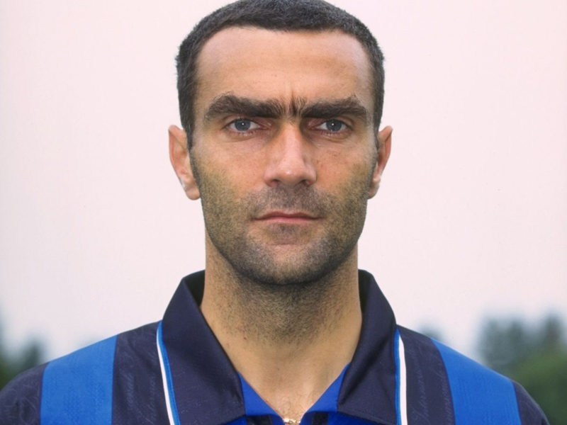 The League Of  Years And Above One Club Legends Giuseppe Bergomi