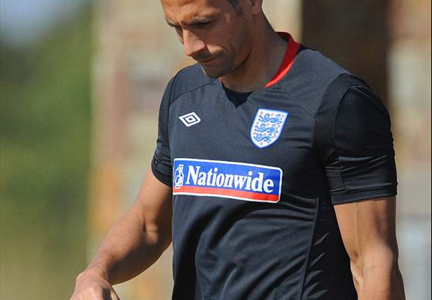 Sir Alex Ferguson reveals Rio Ferdinand has trained with Manchester United this week